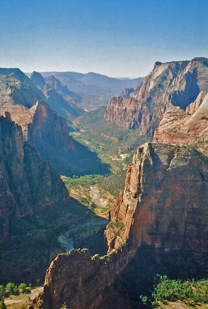 Guide to 13 great Hikes in Zion National Park in Utah! Hikes highlighted include Angels Landing, The Narrows, and Emerald Pools. #zionnationalpark #hikes #narrows #angelslanding #emeraldpools
