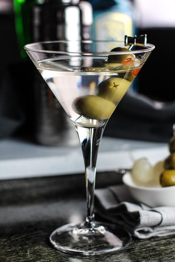 How to make a Classic Martini Cocktail