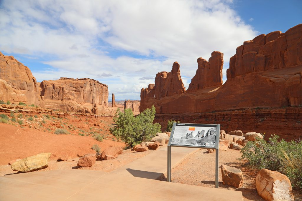 Park Avenue Hike in Arches National Park
