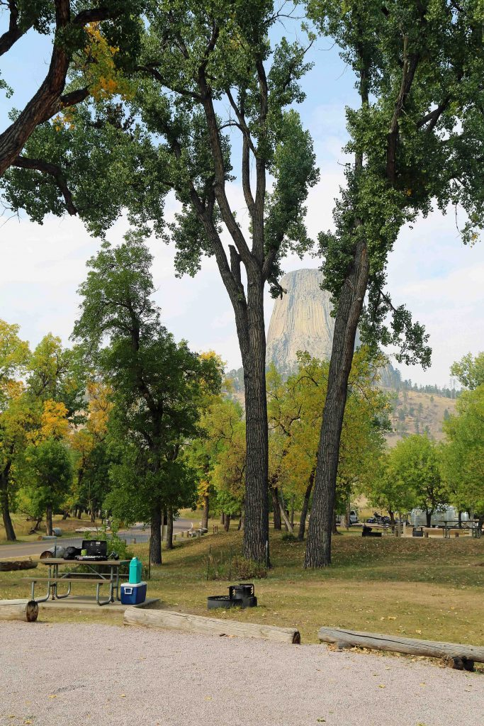 Tips for Devils Tower Camping in Wyoming! Devils Tower is America's first National Monument known for Climbing, hiking and Close Encounters of a Third Kind #devilstower #devilstowernationalmonument #wyoming #camping