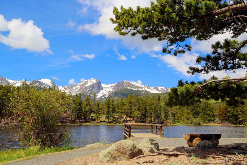 Rocky Mountain National Park Travel Tips! Hiking, Summer, Fall, Winter, what to pack for Colorado and more! #nationalpark #NPS #findyourpark #rockymountainnps #hiking #travel