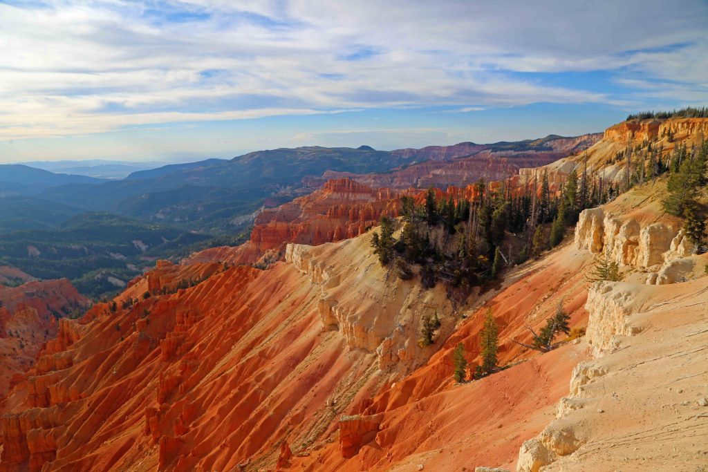 Cedar Breaks National Monument is in Southern Utah approximately an hour and a half from Bryce Canyon National Park. Things to do include hiking, camping, sunsets and viewing the night sky. #cedarbreaks #lifeelevated #hoodoos #utah