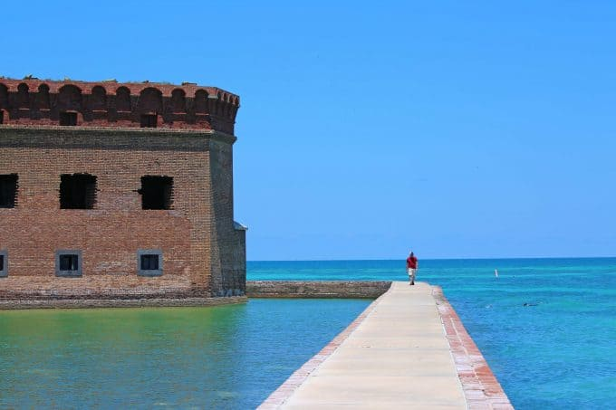 Plan the ultimate Dry Tortugas Camping trip! Dry Tortugas National Park Camping allows you to explore forts, go snorkeling, see the night sky plus much more #drytortugas #nationalpark #camping @thefloridakeys