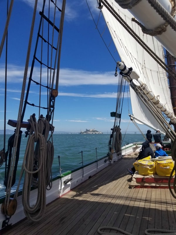 Sailing on the 1891 Scow Schooner Alma at San Francisco Maritime National Historical Park!